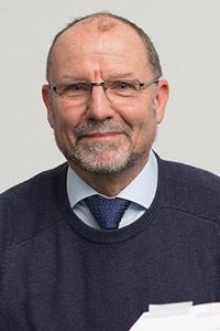 Dr. Torsten Hulzer